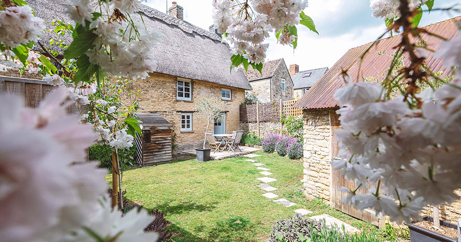 Sand and Stone Escapes' Yarrow Cottage