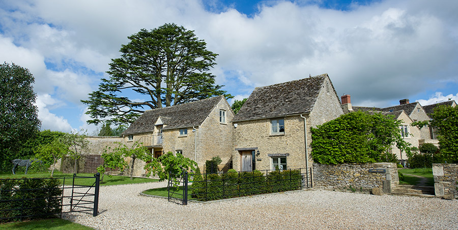 Self catering cottages at Thyme