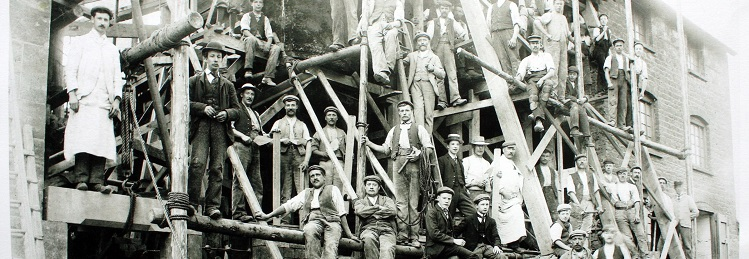 Victorian builders at work on Hook Norton Brewery