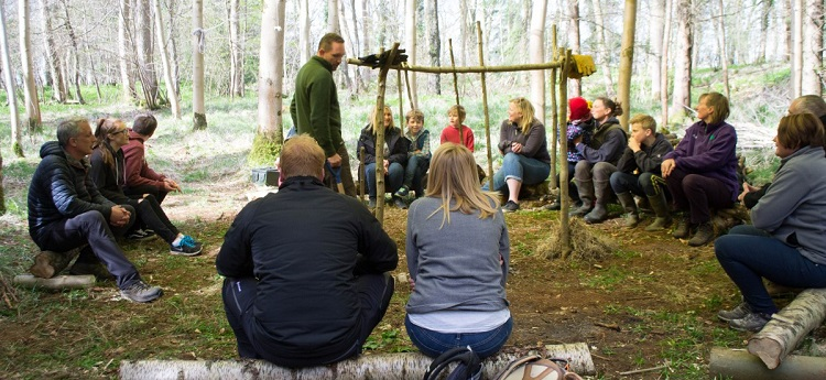 Bushcraft courses at Cotswold Farm Park