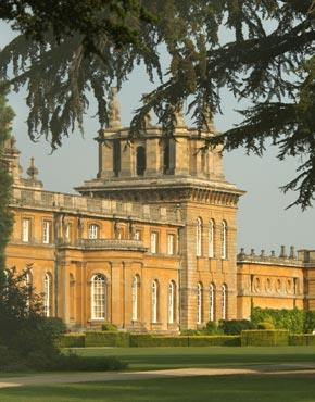Castles and Palaces of the Cotswolds