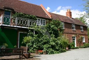 Old Manor Holiday Cottages