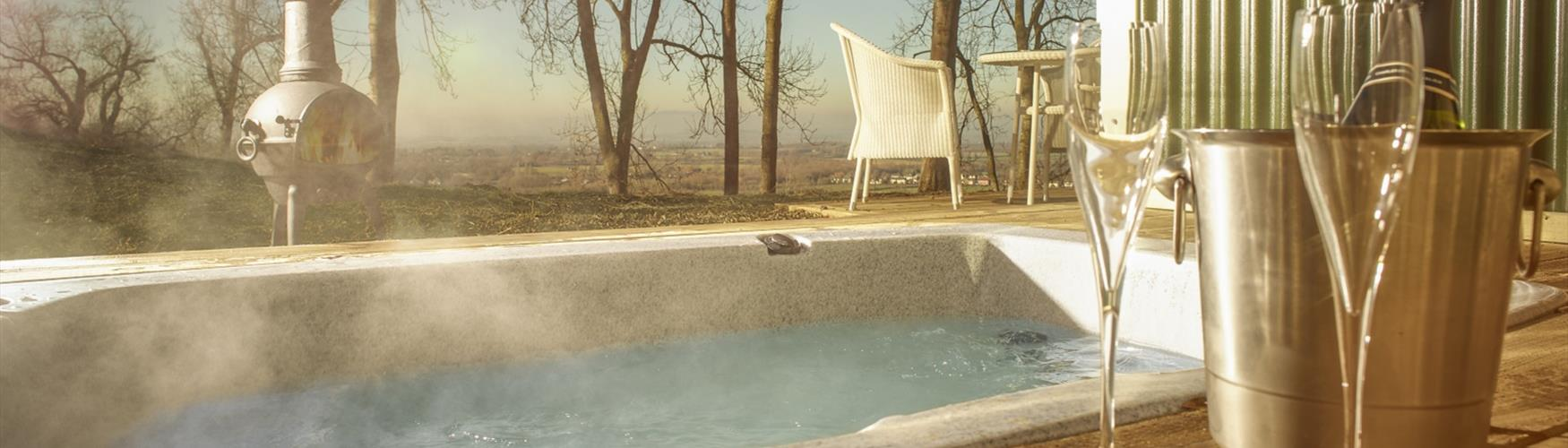 Hot tub with a view - Hilly Huts at the Fish Hotel