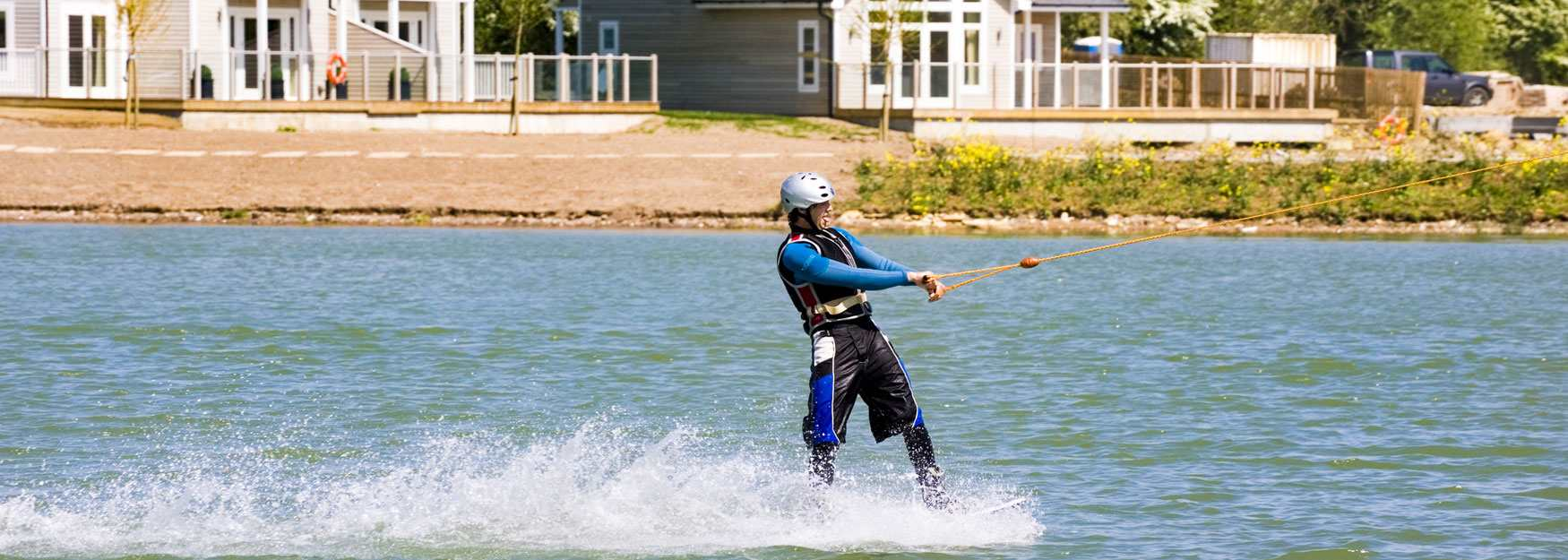 Watersports at Cotswold Water Park