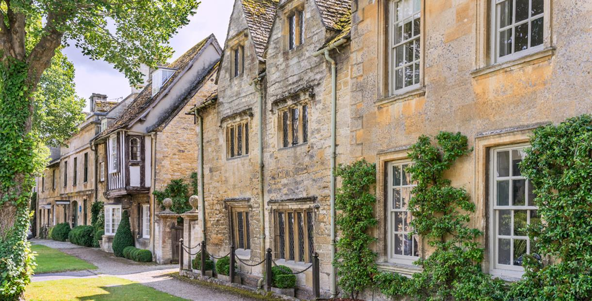 Cotswold village Rooms