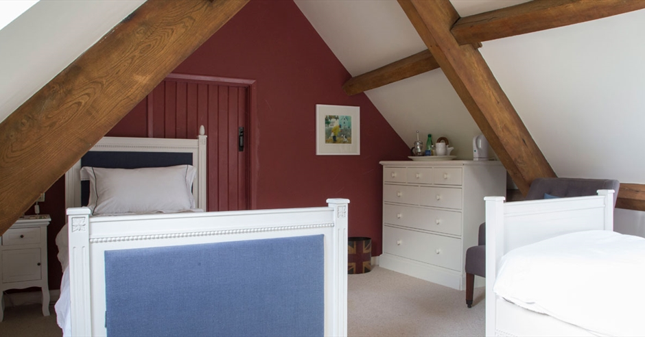 Forthay Bed And Breakfast Dursley Cotswolds