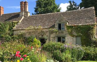 The Cottage @ Ampney Brook