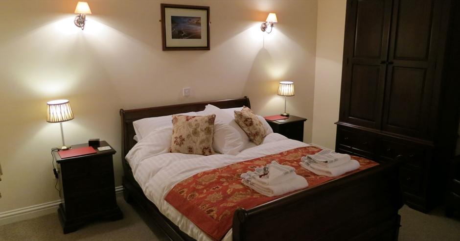 Swan House Guest Rooms Long Hanborough Cotswolds