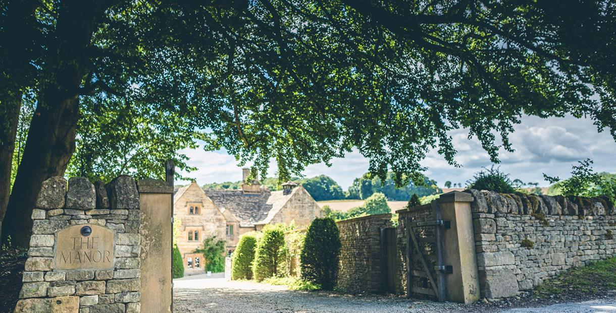 Temple Guiting Manor & Barns