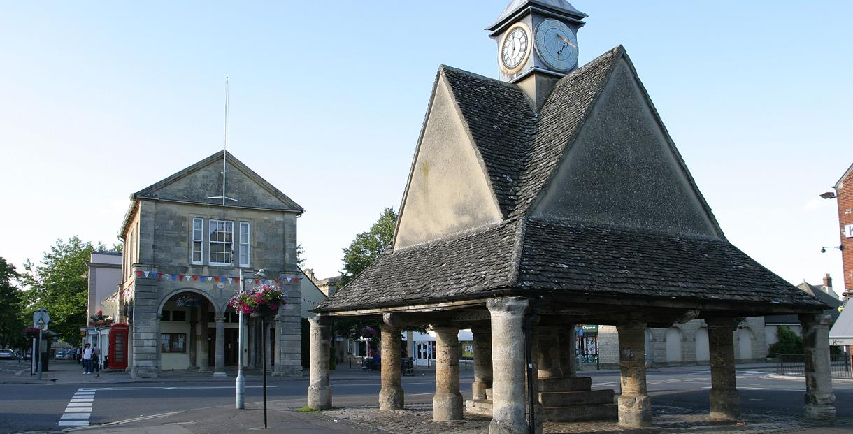 The Buttercross and Town Hall