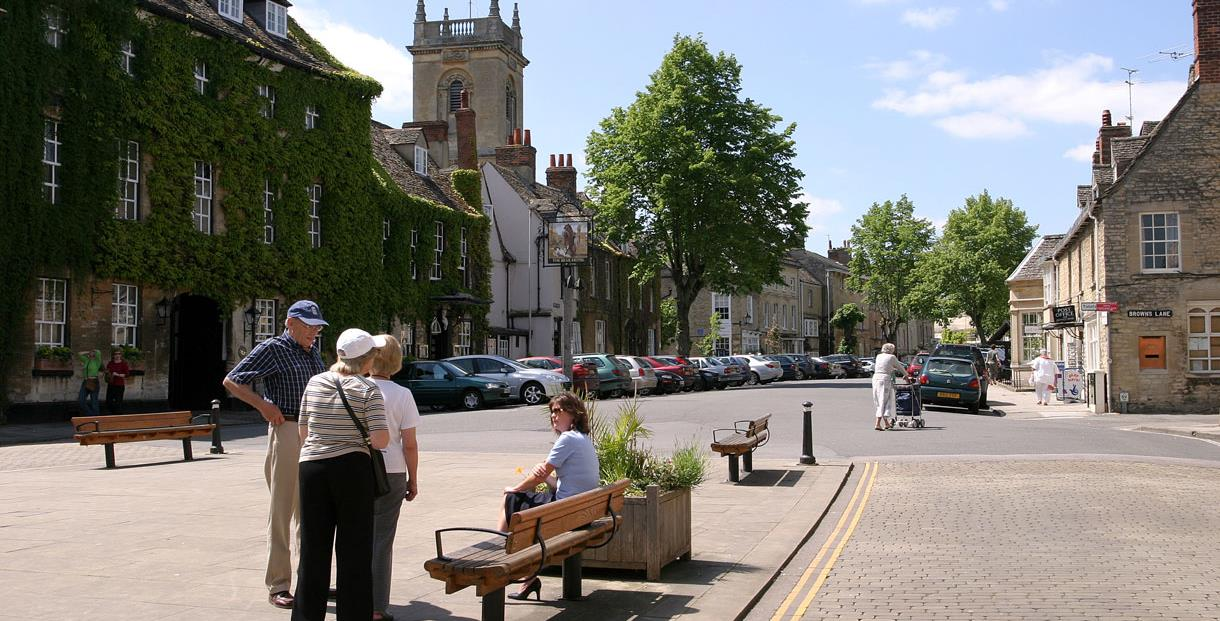 Woodstock - looking across the Market Square towards the Bear Hotel and church